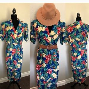 Dresses & Skirts - Hawaiian wrap dress